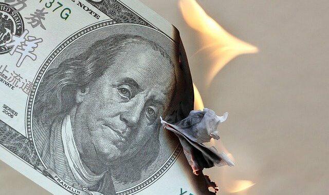 Co zrobić w przypadku hiperinflacji i deflacji?